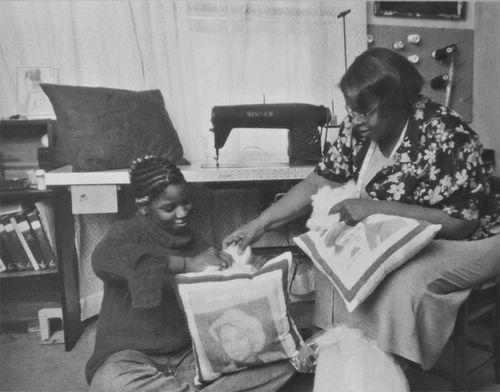 Jasmine and Gloria B & w